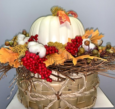 Faux Fall Pumpkin Center Piece